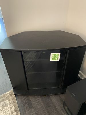 Tv stand entertainment table for Sale in Lakewood, OH