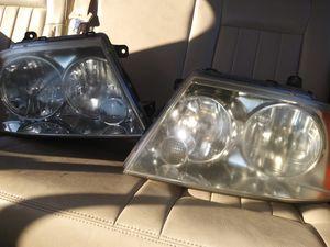 Lincoln Navigator Headlights 03-06 for Sale in Grand Prairie, TX