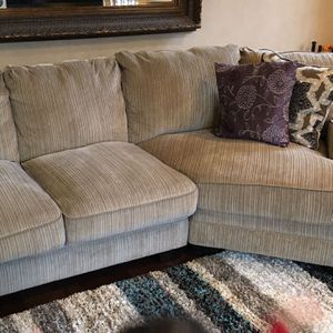Couch Sofa for Sale in Carmel, IN