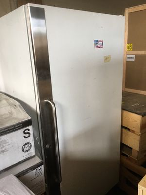 Freezer for Sale in Shelby Charter Township, MI
