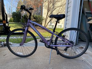 Girl?s 24? Diamond Back Bicycle for Sale in undefined