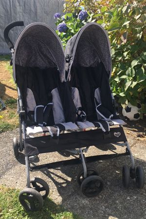 Delta Children Double Stroller for Sale in Seattle, WA
