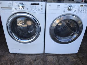 Lg washer and dryer electric set for Sale in Kissimmee, FL