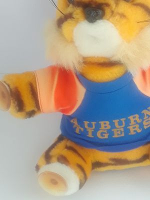 Auburn tigers stuffed animal with suction cups for Sale in DeFuniak Springs, FL