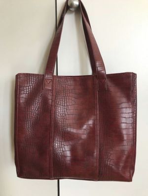 Neiman Marcus Faux Croc Tote for Sale in Arlington, VA