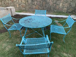 Metal patio set for Sale in Fort Worth, TX