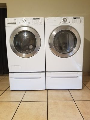 BEAUTIFUL FRONT LOAD LG WASHER AND ELECTRIC DRYER...Remember that the warranty is very important in any purchase for Sale in Phoenix, AZ