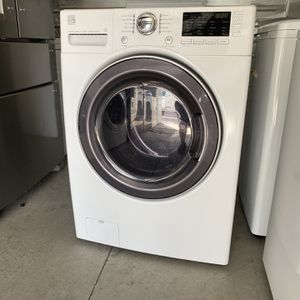 Kenmore Steam Frontloading Washer for Sale in Las Vegas, NV