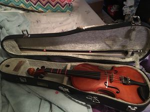 Violin 1/2 size w/case for Sale in Middletown, CT