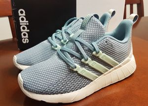 New Women's Adidas Shoes (Size 8.5) for Sale in Vancouver, WA