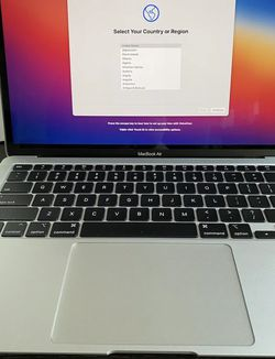 "2020 MacBook Air 13.3"" Laptop - Apple M1 chip - 8GB Memory - 256GB SSD (Latest Model) - Silver for Sale in Irvine,  CA"