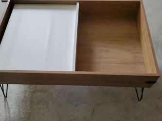 Coffee Table With Slide Top for Sale in Fresno,  CA