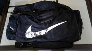 LARGE DUFFLE BAG. for Sale in Austin, TX