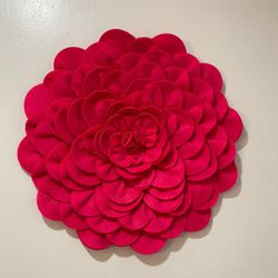 Large Pink Felt Flowers for Sale in Miami,  FL