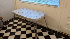 Patterned formica dining /work table with extension leaf for Sale in Raleigh, NC