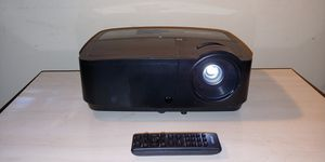 Infocus 3d Projector 3200 lumens pc tv ps4 xbox ourdoor movies for Sale in Charlottesville, VA