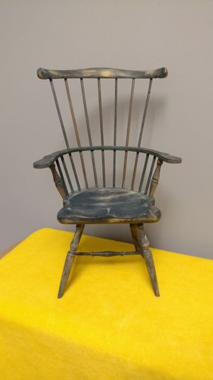"""Windsor Wood Doll Chair for Doll or Teddy Bear 15"""" Tall Black Finish for Sale in Allendale, NJ"""