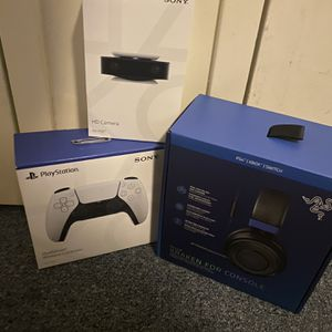 Headset, PS5 HD camera & PS5 controller for Sale in Washington, DC