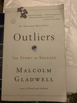 Outliers book by Malcolm Gladwell for Sale in Bloomington, CA