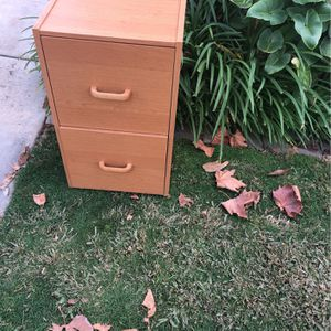 2 Drawer Filing Cabinet for Sale in Claremont, CA