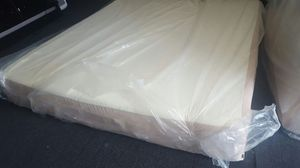 King tempurpedic tempur-pedic rhapsody mattress set, excellent condition, delivery free for Sale in Tempe, AZ