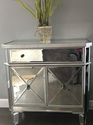 Mirror cabinet/ nightstand for Sale in La Mirada, CA