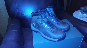 Timberland Flume waterproof mid hiker dark brown full grain boots size 8.5 for Sale in Portland, OR
