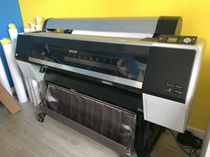 Epson SureColor P8000 for Sale in Bethesda, MD