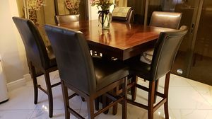 Dining Room Table customizable breakfast table With all 6 swivel leather Oakwood chairs for Sale in Miami, FL