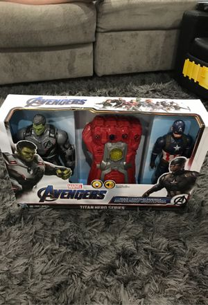 Hulk and captain America, electronic gauntlet Avengers Marvel for Sale in Scottsdale, AZ