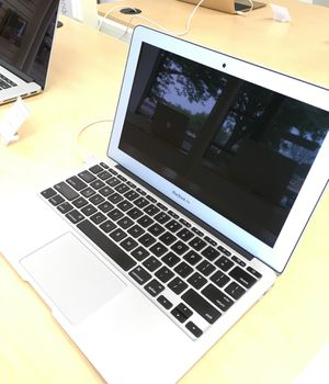 "11"" MacBook Air for Sale in Gaithersburg, MD"