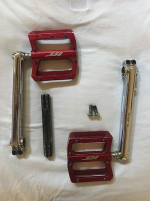 Ht red petals/ red line 180 cranks for Sale in Clovis, CA