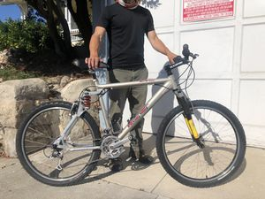 GT LTS 6061 - Mountain Bike for Sale in Coronado, CA