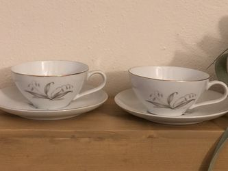 Set of 2 Mid Century Kayson golden rhapsody Japan Tea Cups and saucers -1961 for Sale in Virginia Beach,  VA
