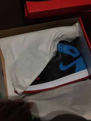 """NIKE WMNS AIR JORDAN 1 HIGH OG """"NC TO CHICAGO"""" SIZE 8 WOMEN OR 6.5 MEN for Sale in Cerritos, CA"""