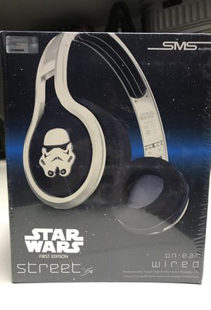 BRAND NEW SEALED STAR WARS 1ST EDITION HEADPHONES for Sale in Laveen Village, AZ