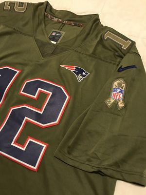 2017 Tom Brady Patriots Salute to service jersey XL $60 for Sale in Peoria, AZ