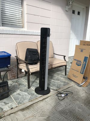 Lasko Tower Fan for Sale in Orlando, FL