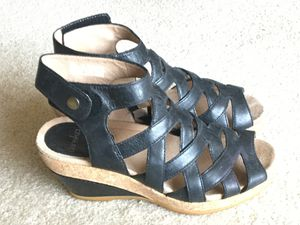 New black leather Dansko shoe size 36, $30 for Sale in Heidelberg, PA