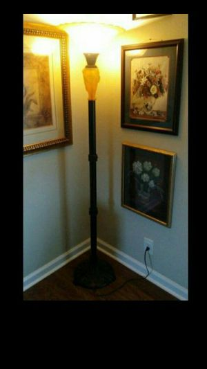 Antique metal lamp for Sale in Fuquay Varina, NC