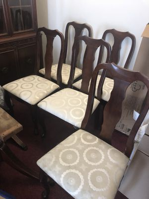 Antique table and chairs for Sale in Rockville, MD