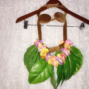 Dog Hula Girl MEDIUM Halloween Costume Hawaiian Flowers Luau Skirt Pets *see Pic. FAST SHIP! for Sale in Phoenix, AZ