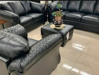 Betrillo Black Living Room Set (SOFA and LOVESEAT for Sale in Round Rock,  TX