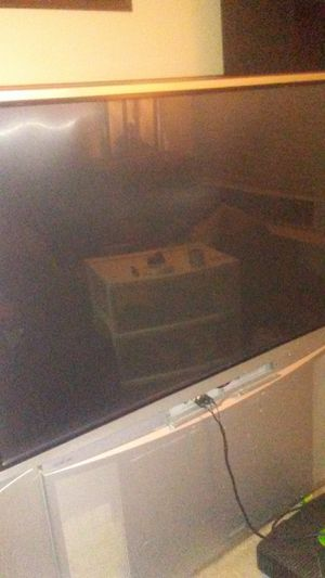 Free big screens. HDMI hook up on Hitachi. Need gone. for Sale in Fishers, IN