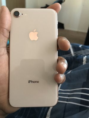 iPhone 8 $250 for Sale in Williamsport, PA