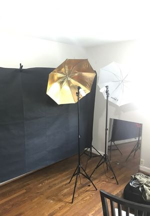 Photography lights in backdrops white ,black and green backdrops for Sale in Falls Church, VA