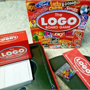 The LOGO Board Game by Spin Master 2011 Complete Game is complete and in excellent condition for Sale in Anaheim, CA