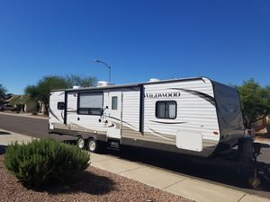 2007 Tundra and 2013 27' Forrest River travel trailer combo for Sale in Surprise, AZ