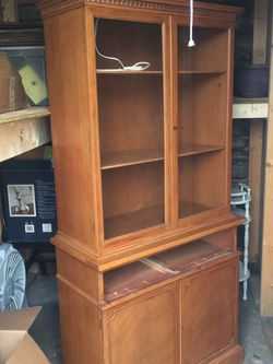 Cabinet for Sale in Renton,  WA