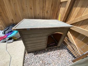 XL Dog House for Sale in Parker, CO